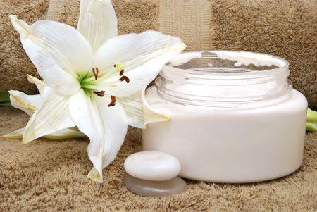 lotion en spa handdoeken Stockfoto