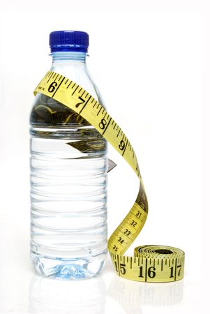 water bottle and tape measure 版權商用圖片