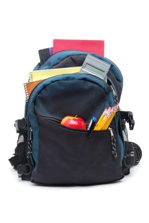 utiles escolares: mochila con materiales escolares Foto de archivo