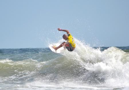 Virginia Beach, Virginia - AUGUST 25, 2012: Ezekiel Lau competes at the 50th Annual Vans Coastal Edge East Coast Surfing Championships August 20- 26, 2012 in Virginia Beach, Virginia.  Redakční