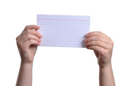 空白の紙を保持している子