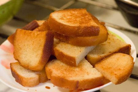 crackling: hill appetizing crackling a toast on a plate