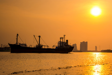 chao: Sunset at chao phraya river, bangkok thailand. Stock Photo