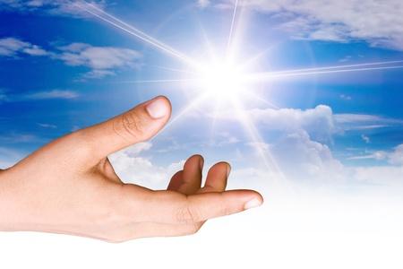 Hand the sun. 免版税图像 - 10997489