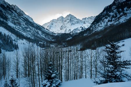 A beautiful winter landscape snow covered Maroon Peak Stok Fotoğraf