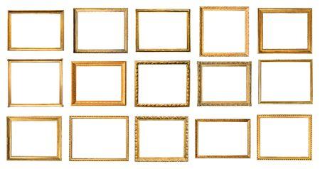 set di varie cornici in legno vintage ritagliate su sfondo bianco