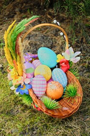 solemnize: Easter egg in basket Stock Photo