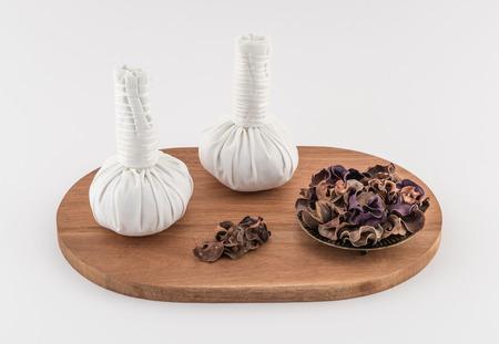 dried herbs: Thai Massage Balls with Dried Herbs