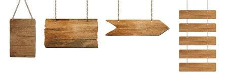 �board: tabla de madera colgado en blanco Foto de archivo