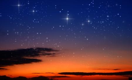 noche estrellada: puesta de sol y las estrellas