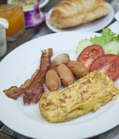 bacon fat: American breakfast, eggs, bacon, coffee  Stock Photo