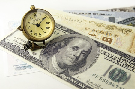 dollar clock time investment photo