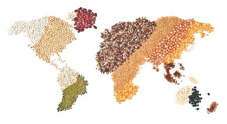 hambriento: alimentos mundiales sobre fondo blanco