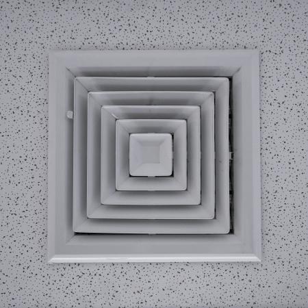 duct: Conducto de aire en forma cuadrada. Foto de archivo