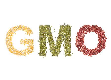gmo, alfabet Organic bonen drogen op wit Stockfoto