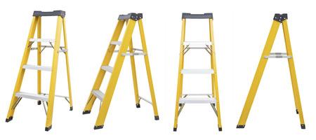 黄色のはしごを白で隔離のセット