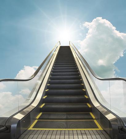 cielo: imagen del concepto de cielo Camino al movimiento cielo
