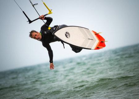 kitesurfer jump