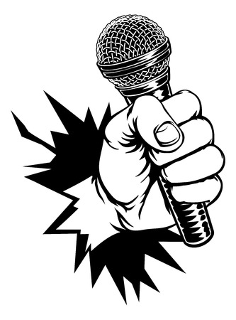 Mano que sostiene el micrófono rompiendo el fondo