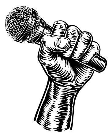 Micrófono de mano sujetando
