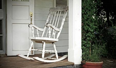 front porch: Porche Suburban