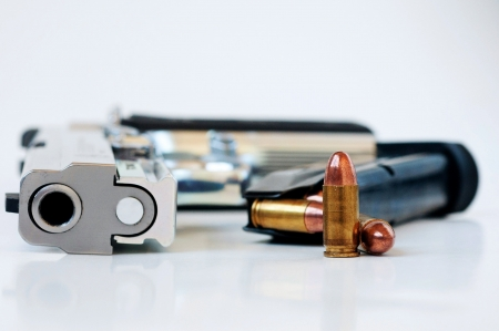 9mm Hand gun, magazine and bullets
