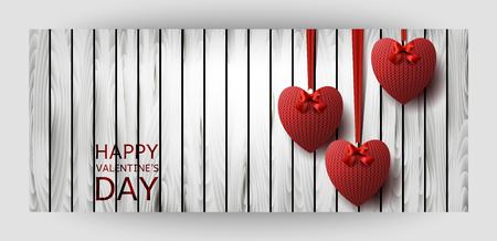 Carta regalo orizzontale modello con cuori a maglia rossi su un fondo di legno. Per San Valentino, Matrimonio, Compleanno. Per uno striscione, cartoline. volantino, etichetta, certificato. Vettore Archivio Fotografico - 94140548