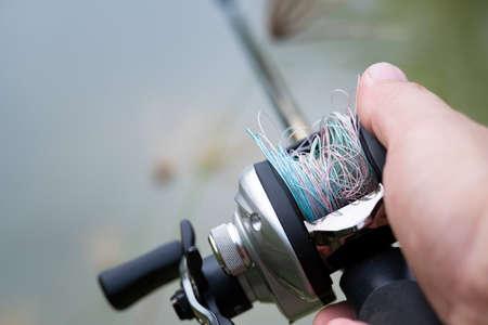 Fishing line tangled on lure Bait Casting Reel,like a Birds-nest tangles,Beginner fisherman.