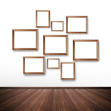 marcos decorados: Imagen aleatoria enmarca en la pared interior de la habitaci�n Foto de archivo