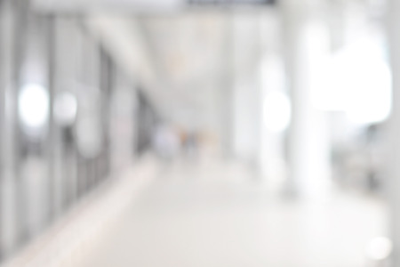Sfocatura Sfondo bianco astratto dalla costruzione corridoio (corridoio) Archivio Fotografico - 40273213
