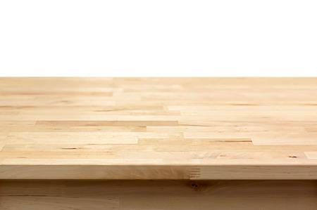 trompo de madera: Madera mesa sobre fondo blanco - puede montage o mostrar sus productos en la parte superior Foto de archivo