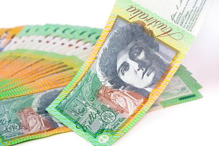 melba: Un centenar de dólar australiano (AUD) los billetes de banco en el fondo blanco