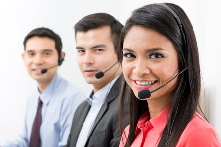 Call center (telemarketing or customer service) team Imagens - 64012954