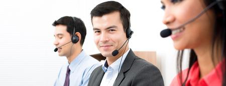 telemarketing: Call center (telemarketing or customer service) team - panoramic banner