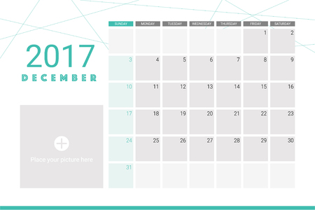 organiser: December 2017 calendar with space for your pictures
