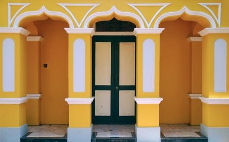 puerta verde: puerta verde
