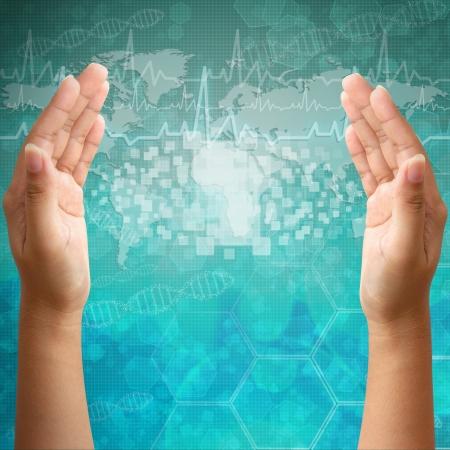 quimica organica: Interfaz de la pantalla táctil en mano de la mujer, los antecedentes médicos