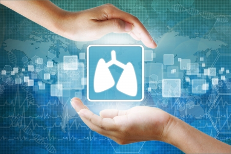 holography: medical icon, Lung symbol in hand