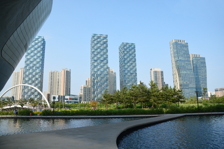 incheon: INCHEON, SOUTH KOREA - June 12, 2016 : Songdo Central Park  is a public park in the Songdo district of Incheon