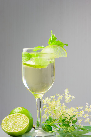 hugo: Summer drink Hugo Champagne drink with elderflower syrup mint and lime
