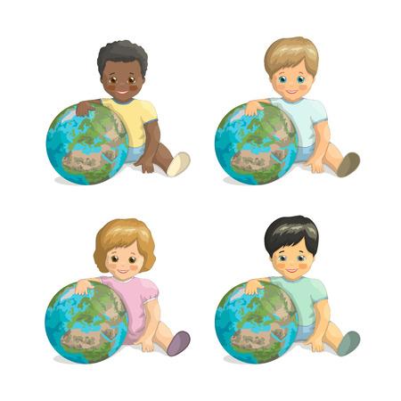 niños de diferentes razas: vector de los niños de diferentes razas abrazos del planeta. Día del Amigo. Los niños y la Tierra: de piel oscura, de piel clara, de pelo rojo, asiático del muchacho y de la muchacha con la Tierra en el fondo blanco