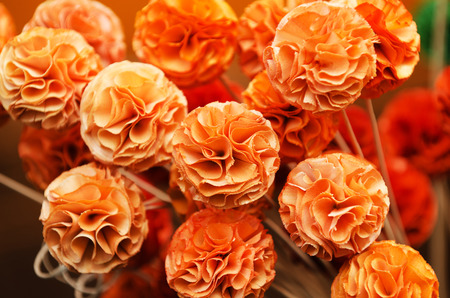 pinchbeck: Made-up flowers in the handicraft mart