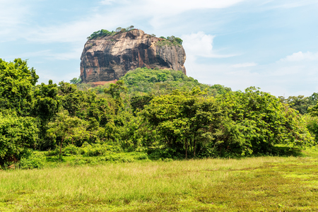ancient lion: Sri Lanka: ancient Lion Rock fortress in Sigiriya