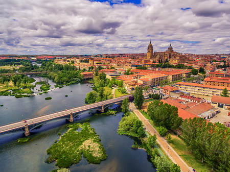 salamanca: Salamanca, Spain: The old town and the New Cathedral, Catedral Nueva