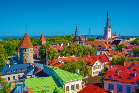 Tallinn, Estonia: aerial top view of the old town in the summer 版權商用圖片