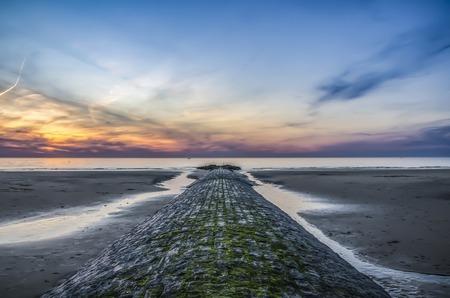 Buhnen an der Nordsee. Belgien