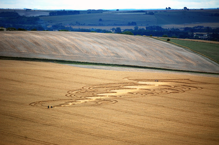 cropcircle: sophisticated crop circle in british countryside Stock Photo