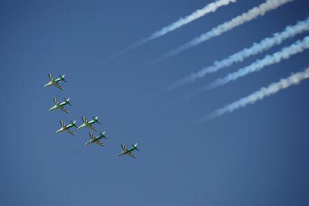 aero: Acrobatic Aero show in UAE