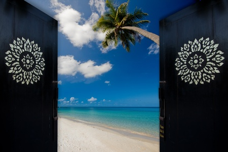 all seasons: Door to paradise in Thailand