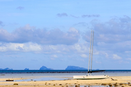 sailling: Sailboat on the beach in Koh Samui, Thailand